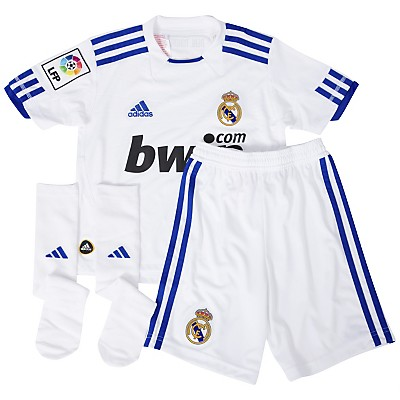 رسمياً: زي ريال مدريد الجديد الاساسي و الاحطياطي لموسم 2010\2011 Rm-70339?layer=comp&wid=400&hei=400&fmt=jpeg&qlt=90,0&op_sharpen=0&resMode=sharp&op_usm=1.0,1